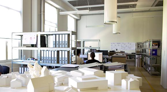 Der Büroraum von MABU Architektur in der Flumserei