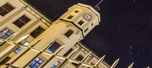 Flumserei Turm bei Nacht